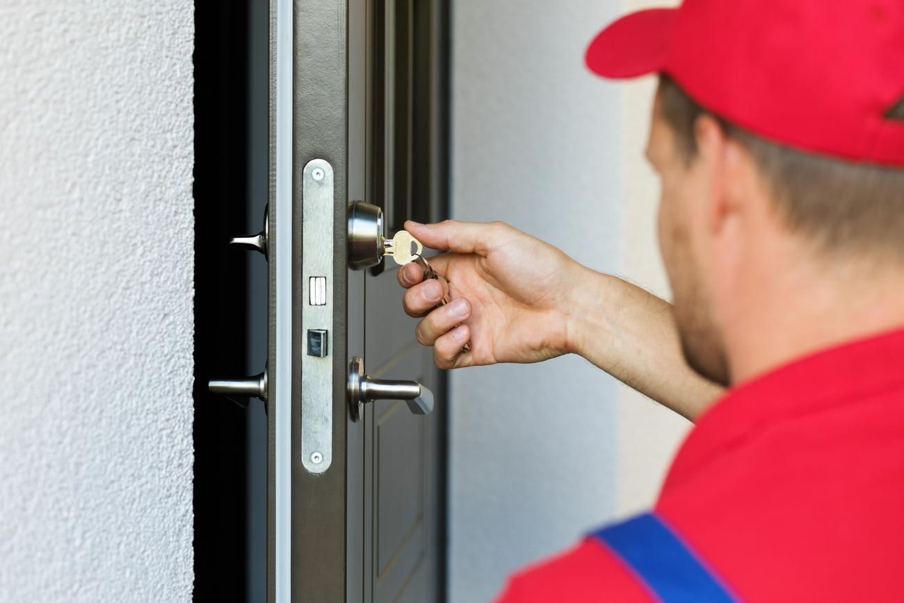 Czyszczenie i konserwacja drzwi aluminiowych