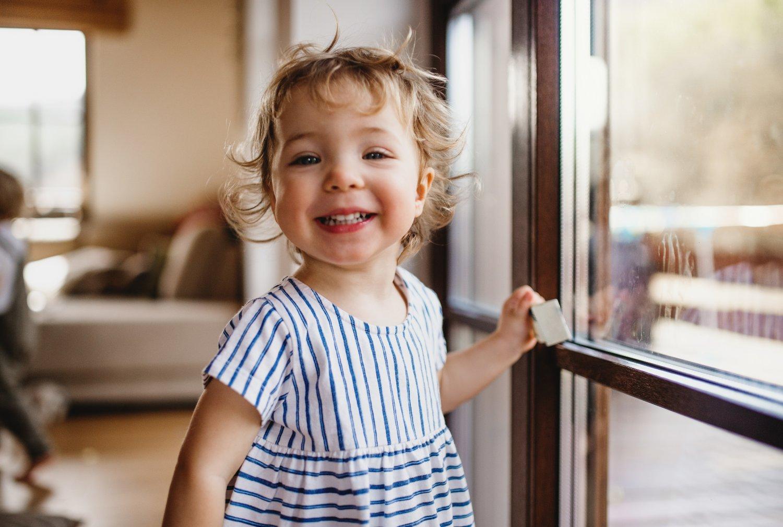 Okna do pokoju dziecka - na co zwrócić uwagę?
